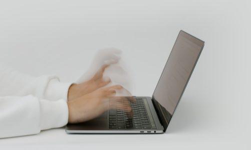 Skala cyberataków i ewolucja sposobów ich przeprowadzania przechodzą znaczną przemianę